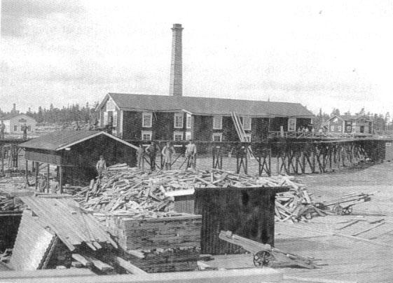 Första ångsågen från 1874
